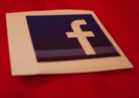 facebook-logo-sticker_l copy